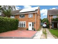 3 bed house rent short term rent 10 minutes from Gatwick airport
