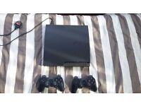 Playstation 3, 2 controllers and 33 games. Very good condition.