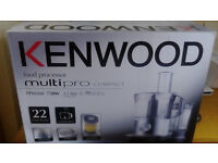 Genuine Kenwood Multipro Compact FPM260 750W Food processor for quick sale.