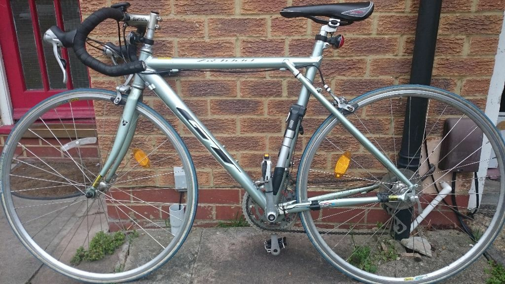 GT ZR-4000 Mens Road Racing Bike for sale | in Mitcham, London | Gumtree