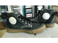 Converse Boots (Rare)Size UK 5.