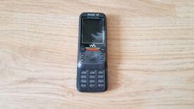Sony Ericsson W850 mobile phone