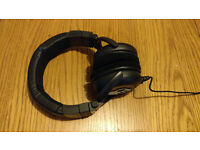 Skullcandy GI Black Headphones Wired Barely Used Perfect Condition