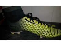 Nike size 8 football boots