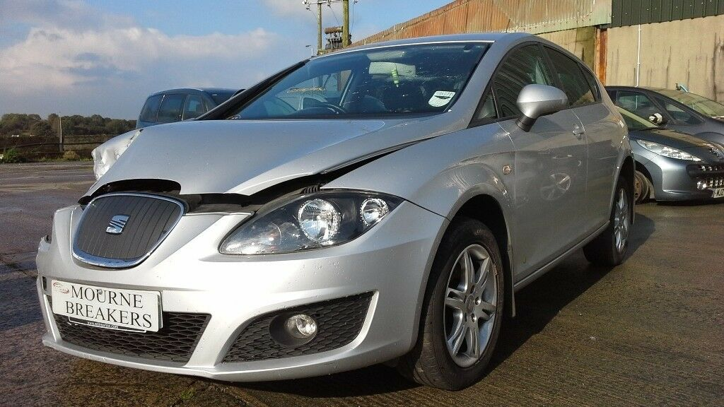 **FOR BREAKING** 2012 Seat Leon 1.6 Tdi.