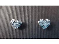 Baeutiful Pandora earrings