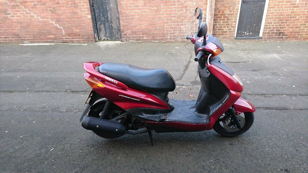 yamaha cygnus 125 scooter 2005 in sunderland tyne and wear gumtree. Black Bedroom Furniture Sets. Home Design Ideas