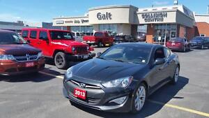 2013 Hyundai Genesis 2.0T Premium | SUNROOF | NAV | HEATED LEATH
