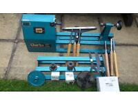 Wood tuning lathe complete with acsseories very good condition