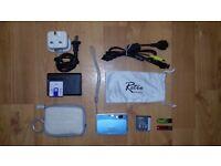 """GREAT CONDITION""(£60) Sony Cyber DSC-T70 8.1MP Digital Still/ Video Camera Carl Zeiss + Whole SET."