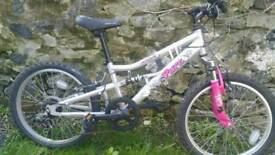 Girls apollo bike