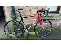 Giant road bike ( delivery, very good condition )