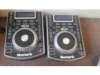 Numark NDX400 (x2), CDJS