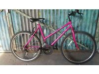 Ladies Bike for town and country Pink Pulse