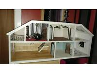 Doll house 1970s