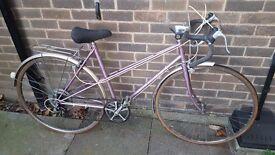 """Vintage Raleigh ladies Road bike 10 speed 20"""" Frame"""