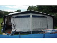 Bradcot awning excellent condition.
