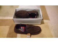 MENS SLIPPERS/MOCCASINS BROWN Size 9/43,Brand New Boxed.