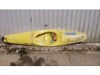 Rotobat pyrhana Kayak (yellow)