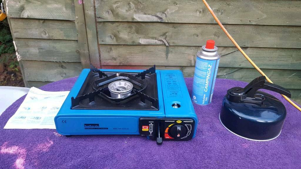 Camping stove kettle and gas bundlein Wilnecote, StaffordshireGumtree - Camping stove, kettle, gas and full brand new unused camping gas.Excellent clean working order only used once.There is already gas in it with a small amount of gas left in it, plus one brand new unused camping gas.Instructions included.Can be seen...