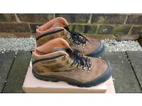 Skechers Mens Boots Size 9/43