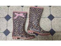 size 2 wellington boots