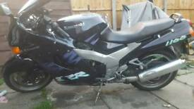 Kawasaki zzr 1100 d2 m reg