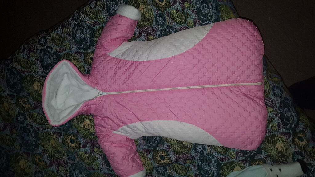 girl warm snow suits