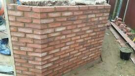 Bricklayer looking for job