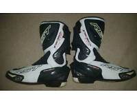 RST tractech Evo motorcycle boots size 10