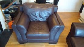 Cozy Comfy Large Leather Brown Chair (Excellent Condition)