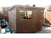 8' X 6' WOODEN SHED VGC (ONLY 18 MONTHS OLD) WITH NEW FELT ROOF FREE LOCAL DELIVERY