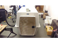 Giant size dog carrier kennel - airline approved - 122 x 81 x 89 cm