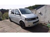 VW Transporter T30 140PS, Air Con, 6 seats, 6 speed, removable tow bar,