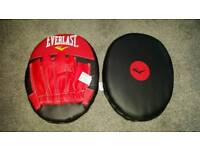 Like new Everlast boxing pads