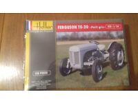 Brand New! Heller 1/24 Ferguson TE-20 (Grey Fergie) Model Tractor Kit