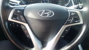 2015 Hyundai Veloster Base-$70/Wk-Bluetooth-Alum-USB/AUX/CD/MP3- London Ontario image 10