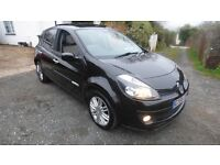 RARE LUXURY CLIO INITIALE 1.5 DIESEL, FULL LEATHER FULL GLASS ROOF, LOW INSURANCE, 60 PLUS MPG