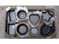 Small novelty baking tins