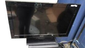 """Toshiba 32""""lcd hd Freeview tv for sale"""