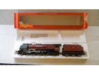Hornby R066 LMS 4-6-2 No6233 ' DUCHESS OF SUTHERLAND ' Locomotive and tender nice condition