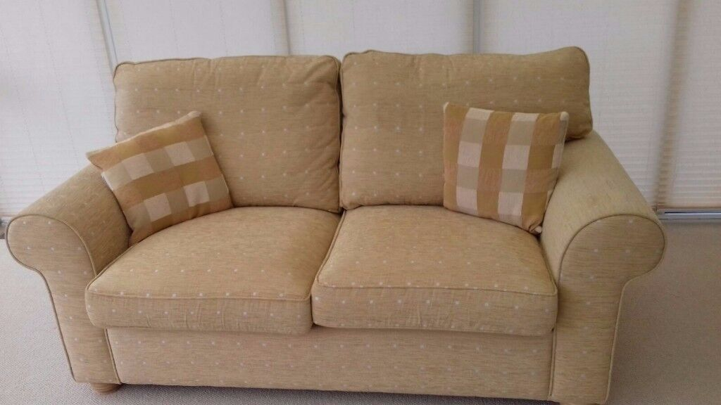 2 seat sofa bed, great condition