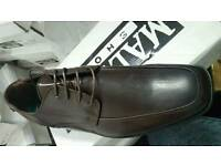 Brand new mens lace shoes brown