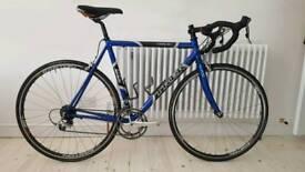 Trek 2200 aluminium/carbon road bike, Ultegra, Easton