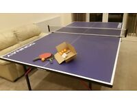 Table Tennis Table with Net and Two Rackets (Full Size)