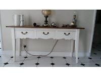 BEAUTIFUL SHABBY CHIC SIDEBOARD/CONSOLE TABLE!!!