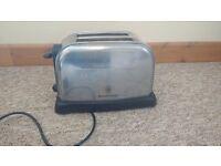 Russel Hobbs 2-slice toaster