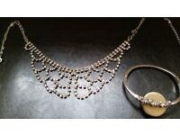 Shiny necklace and bracelet