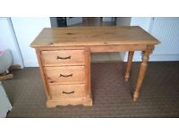 Dressing Table £30