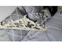 French style carved ormlue/ornament